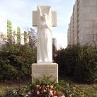 Albertfalvi régi temető helyét jelölő emlékmű