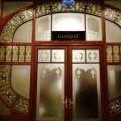 Zeneakadémia emeleti előcsarnok üveg-alkotásai