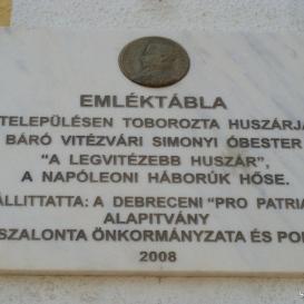 Simonyi óbester domborműves emléktábla