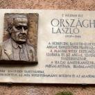 Országh László domborműves emléktáblája