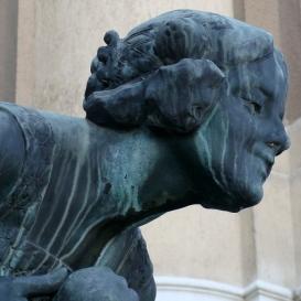 Tünde-szobor