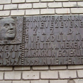 Wekerle Sándor-emléktábla