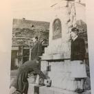 Perczel Mór emlékműve