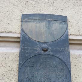 Gagarin-emléktábla