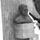 Dobi István-emlékmű
