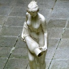 Korsós lány