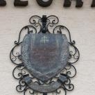 Hetyefő kovácsoltvas címere