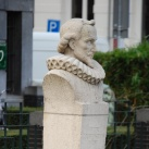 Pieter Corneliszoon Hooft mellszobra