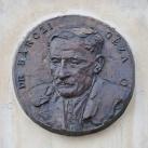 Bárczi Géza emléktáblája
