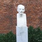 Babits Mihály-szobor