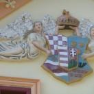Koronás középcímer angyalokkal