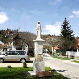 Boldogságos Szűz Mária-szobor