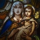Szent Mór kápolna üvegablakai