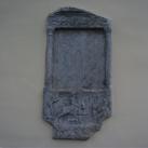 Caesius római sírkő a vassurányi templom falán