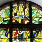 A veszprémi Megyeháza lépcsőházának színes üvegablakai