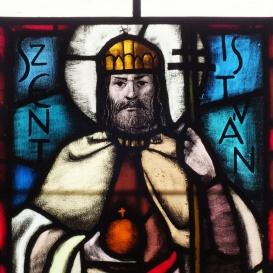 A Szent István-kápolna üvegablakai