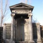 Haggenmacher család síremléke