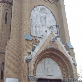 Nagyboldogasszony-templom domborművei