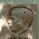 Tóth Árpád-emléktábla