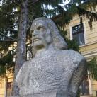 Hunyadi János mellszobra