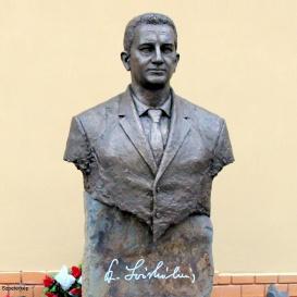 Dr. Soós Kálmán szobra