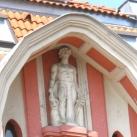 A Bogenrieder-palota szobra