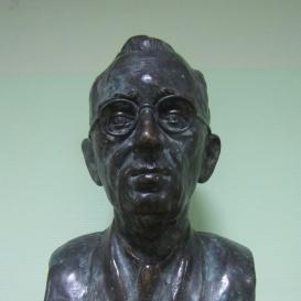 Bibó István-mellszobor