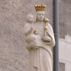 Mennyek Királynő Asszonya-oszlop