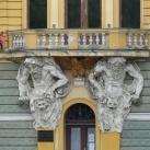 Nemzeti Kaszinó és Városi Könyvtár szobordíszei