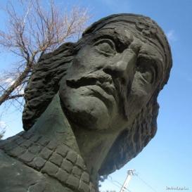 Hunyadi János-mellszobor