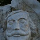 Egressy Béni domborműves emlékköve