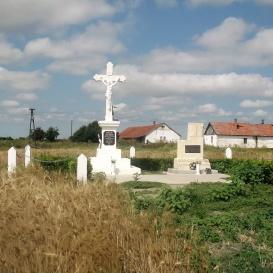 Iskola és templom emlékhelye