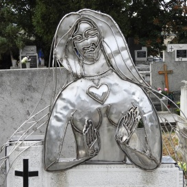 Bory Ilona síremléke