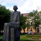 Nicolae Titulescu szobra