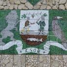 Csóri címer és Mátyás király mellképe