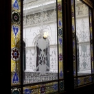 A Wahrmann Palota színes üvegablakai