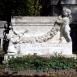 Vuk Gyula családjának síremléke