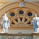 Szent István-templom díszítő szobrai