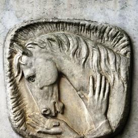Makai Béla állatorvos síremléke