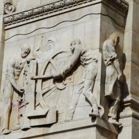 A Magyar Nemzeti Bank domborművei – Pénzverés