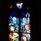 Az Örökimádás-templom szentélyének üvegablakai