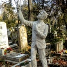 Illyefalvy-Vitéz Géza sírszobra