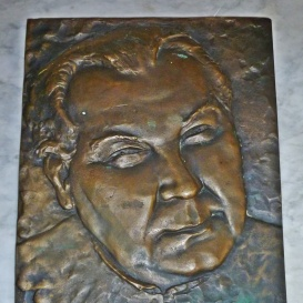 Dr. Katona  Sándor c. kanonok emléktáblája