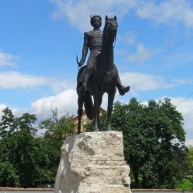 Kiss Albert kuruc ezredes szobra