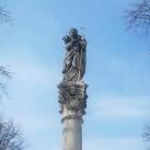 Jó pásztor-oszlop Szent Lénárd és Szent Vendel alakjával