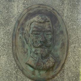 Brázay Kálmán-emlékoszlop