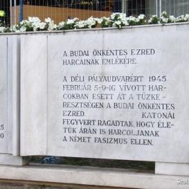 Budai önkéntes ezred emlékműve