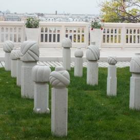 Turbános sírkövek