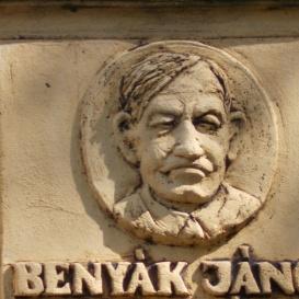 Benyák János-emléktábla