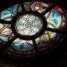 A Szentlélek templom figurális üvegfestményei